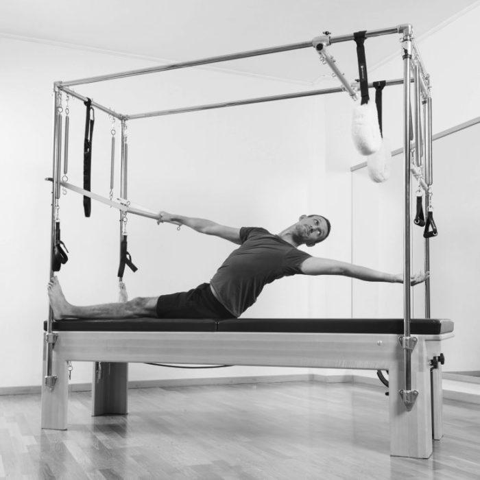 Cours de Pilates sur machine